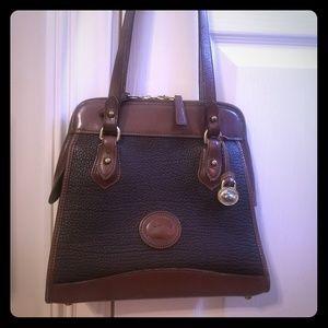 Dooney & Bourke shoulder bag/ purse